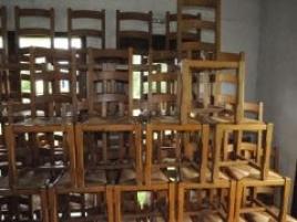 Six chaises dessus paillé