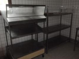 Présentoir à casiers couverts